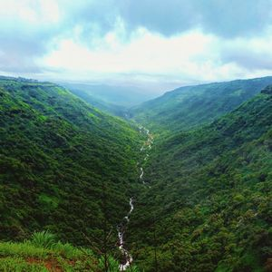 Tripsy Stories - Misty Mahabaleshwar in Monsoons