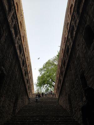 Historical Step Well(Agrasen Ki Baoli)