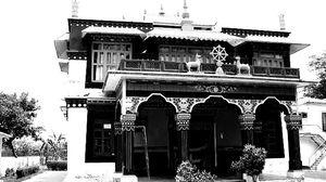 Buddhist Temple Road 1/2 by Tripoto