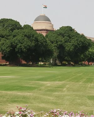 Spend A Day at The Rashtrapati Bhavan - The Residence of the President Of India!
