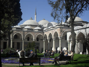 Topkapi Palace 1/4 by Tripoto