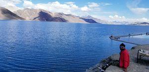 3 Idiots... Most beautifull lake... ( Pangong Lake)