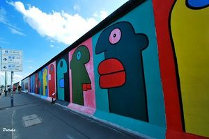 East Side Gallery 1/2 by Tripoto