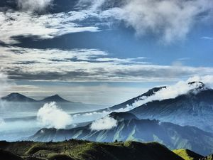 Say Halo! Indonesia Now Allows Visa-Free Entry To Travellers From 90 Countries
