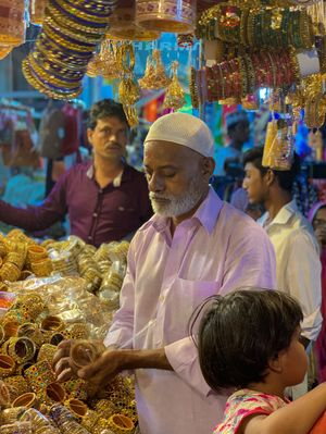 Laad Bazaar 1/undefined by Tripoto