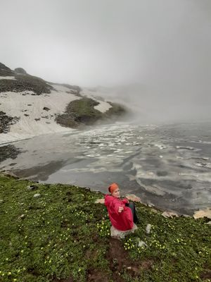 Bhrigu lake semi frozen in month of August