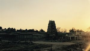 Hampi - A Confluence of Old and New. #HampiPictures #IssSummerBaharNikal