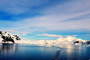 Shades of blue and pristine beauty - Antarctica #colourblue