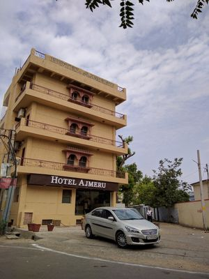 Hotel Review : Hotel Ajmeru, Ajmer, India