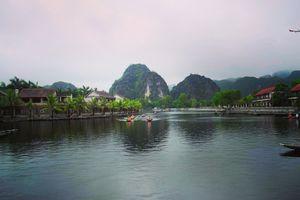 Tam Coc in Vietnam is idyllic and picturesque!