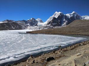 Gurudongmar lake: A frozen beauty