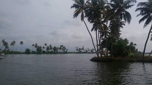 The beautiful backwaters of Alleppey in house boat