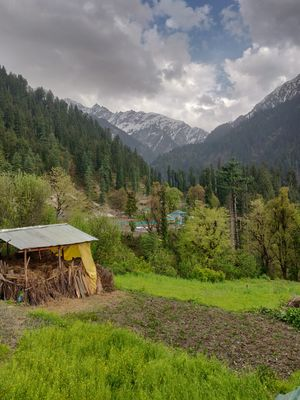 Trek to this beautiful village uphill, away from the crowd in Kasol