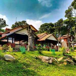 Aroha's eco hill resort in Sakleshpura,250km away from Bangalore