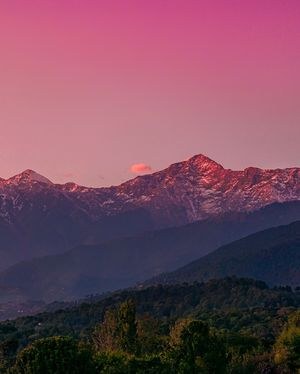 Sunset of Bir: Pearl in the sky
