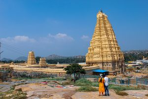Hampi - Rocks,Ruins,River and Hippies