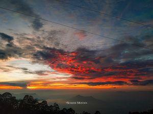 Celestial sunrise from vattakanal