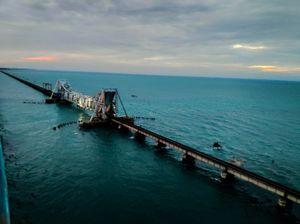 The most dangerous bridge in India- THE PAMBAN SEA LINK connects Mandapam and Rameshwaram.