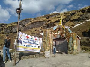 world's highest shiv temple, india , single day trek , Tungnath panch kedar, rs. 5000 from rishikesh