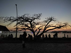 Sunset point at the Marine drive, Kochi