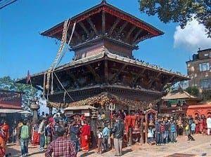 मनोकाना मन्दिर(नेपाल): आस्था के रंगों के बीच प्रकृति के अद्भुत नजारे......