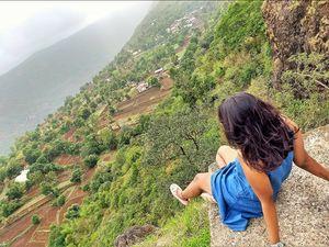 Take a deep breath to smell strawberries - Monsoon getaway at Mahabaleshwar