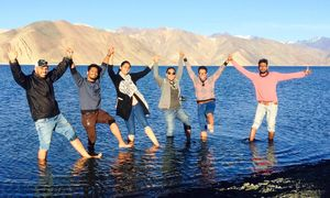 Here is how One Girl and Five Boys Road Tripped from Srinagar to Leh, Ladakh in Ten Days