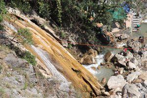 Kempty Fall, Mussoorie