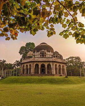 TOMB OF MUHAMMAD SHAH KNOWN AS MUBARAK KHAN-KA-GUMBAD (KHAIRPURILODI GARDEN) - Muhammad Shah.