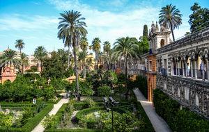 Charmed by Seville – Plaza de Espana and Alcazar