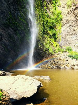 Kudlu Falls : Where you can bathe with Rainbows in your arms
