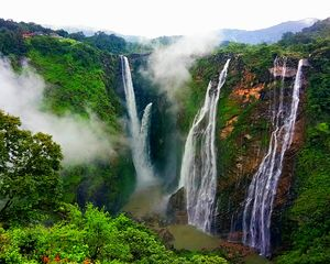 Jog Falls : A fall you'll fall for everytime