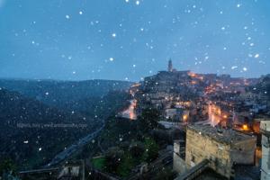 "Stone-city Matera: a surprise sunrise, the sunset and a little more! | Anirban Saha. "" Anirban Saha."