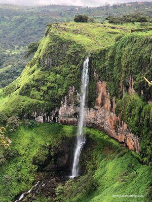 Chinaman waterfall #colourgreen