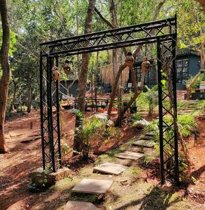 5 eco-conscious cottages in the woods...