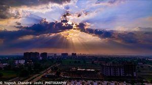 SUNSHINE Game between cloud and sun.....