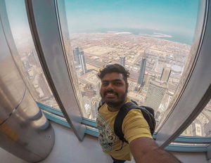 Selfie from the world's tallest building #selfiewithaview #tripotocommunity