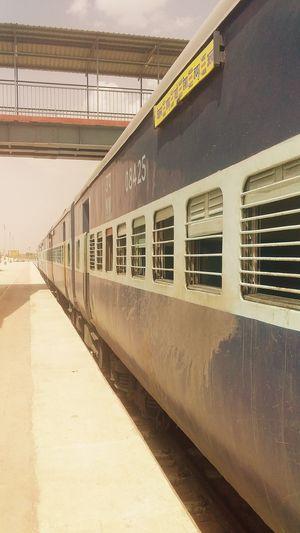रेल यात्रा