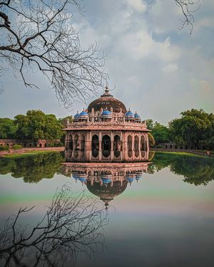 Isa Khan's Tomb is octagonal and there's an impressive latticework, canopies and glazed tiles.