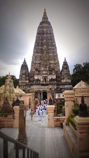 Mahabodhi Temple 1/2 by Tripoto