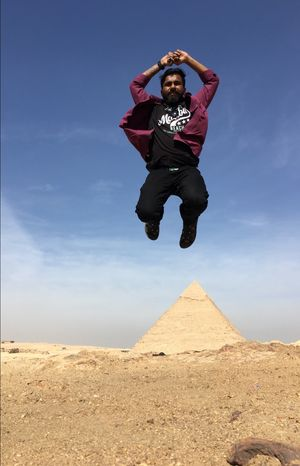 Jumping over King's Pyramid