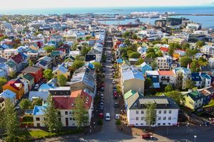 Exploring Iceland's History & Culture: A Walking Tour through Reykjavik | Map and Magnets
