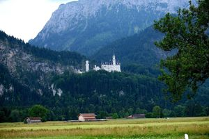 Day Trip from Munich: Visiting Neuschwanstein Castle & Bavarian Alps