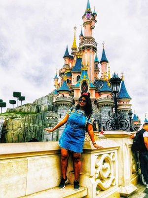Childhood Dream Come True : Disneyland Paris...
