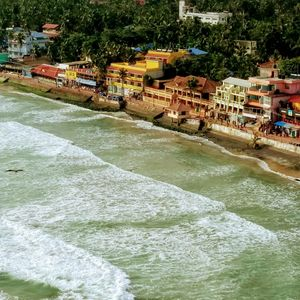 Sudden visit to the unique semi-circular Kovalam beach #kovalam #solotraveller