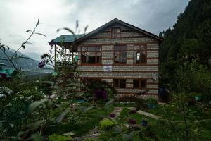 Lagom Stay – मनाली की भसड़ से दूर, बिलकुल घर जैसा होमस्टे