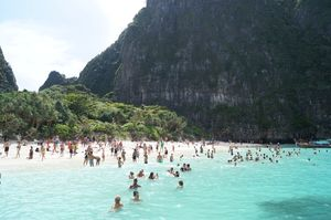 Phi Phi Islands 1/undefined by Tripoto
