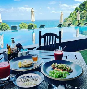Breakfast with a view to die for ????
