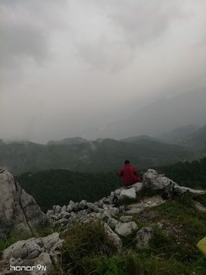 George Everest , Wishing Well, Cloud Ends.