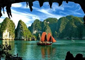 Halong travel experience 2019 cheap